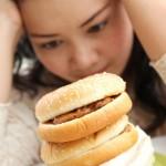 girl with hamburger